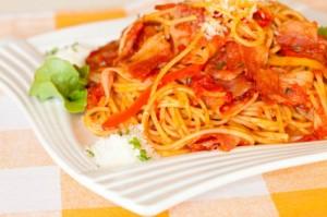 Паста з беконом,спагеті з беконом