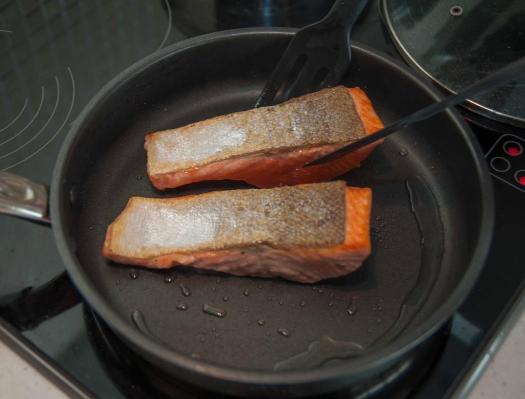 Обсмажуємо лосося