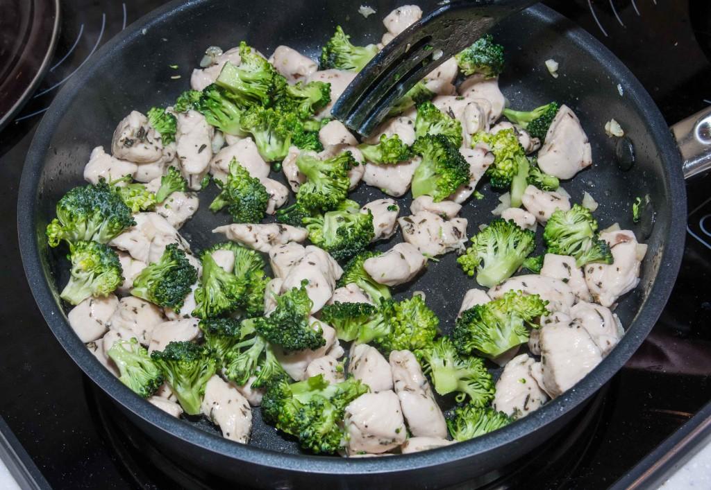 Додаємо броколі